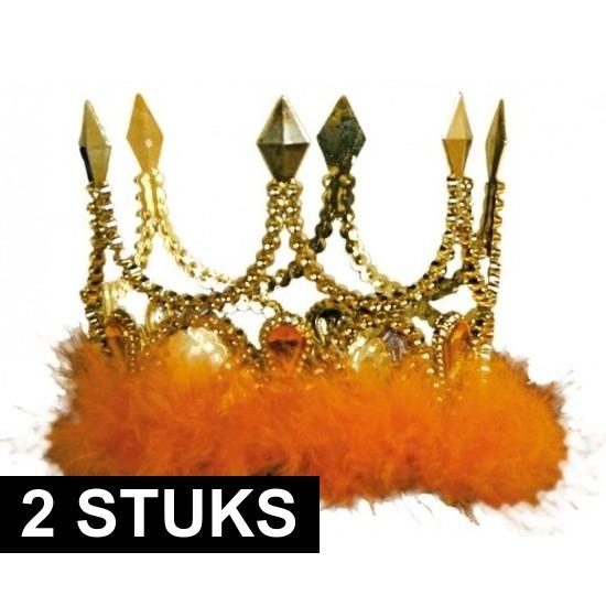 2x Gouden kronen met oranje veren