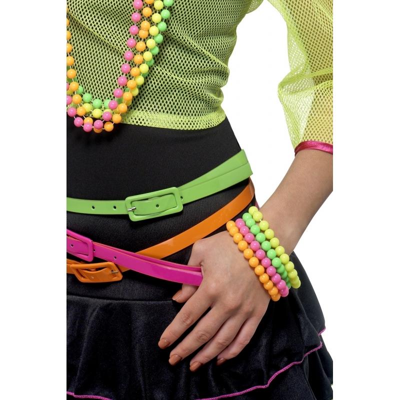 Kralen armbandjes in neon kleurtjes