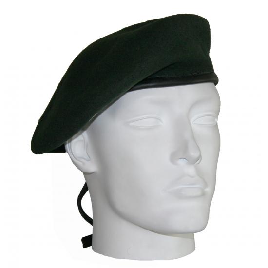 Leger soldaten baretten donkergroen