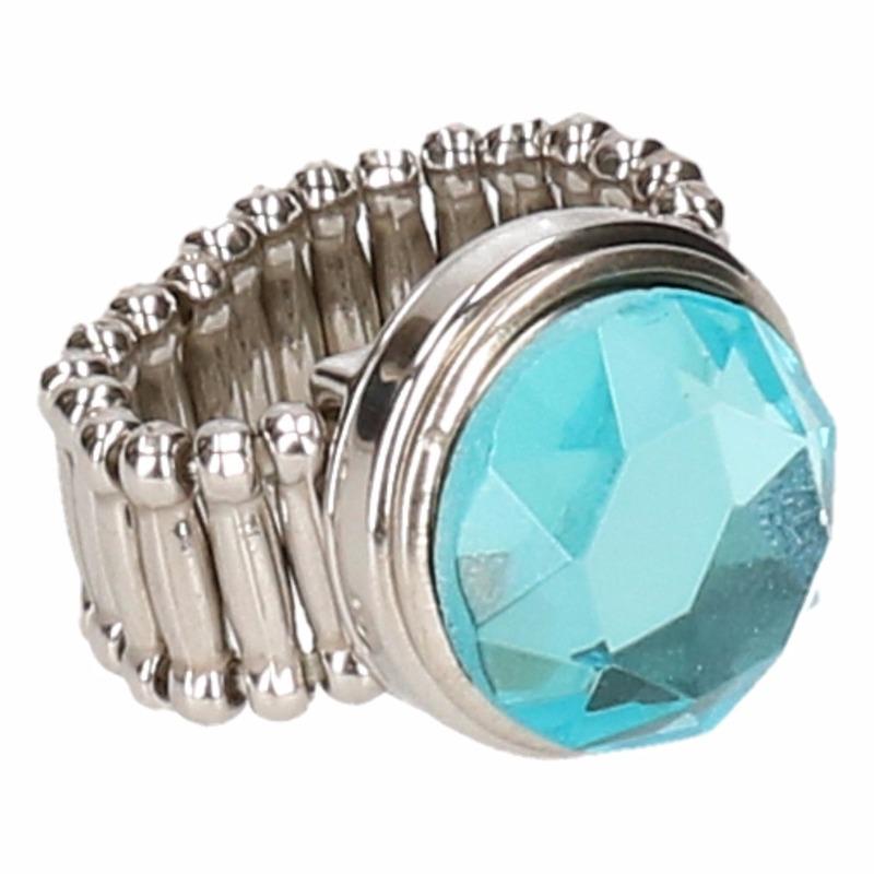 Zilveren metalen ring met blauwe diamant chunk